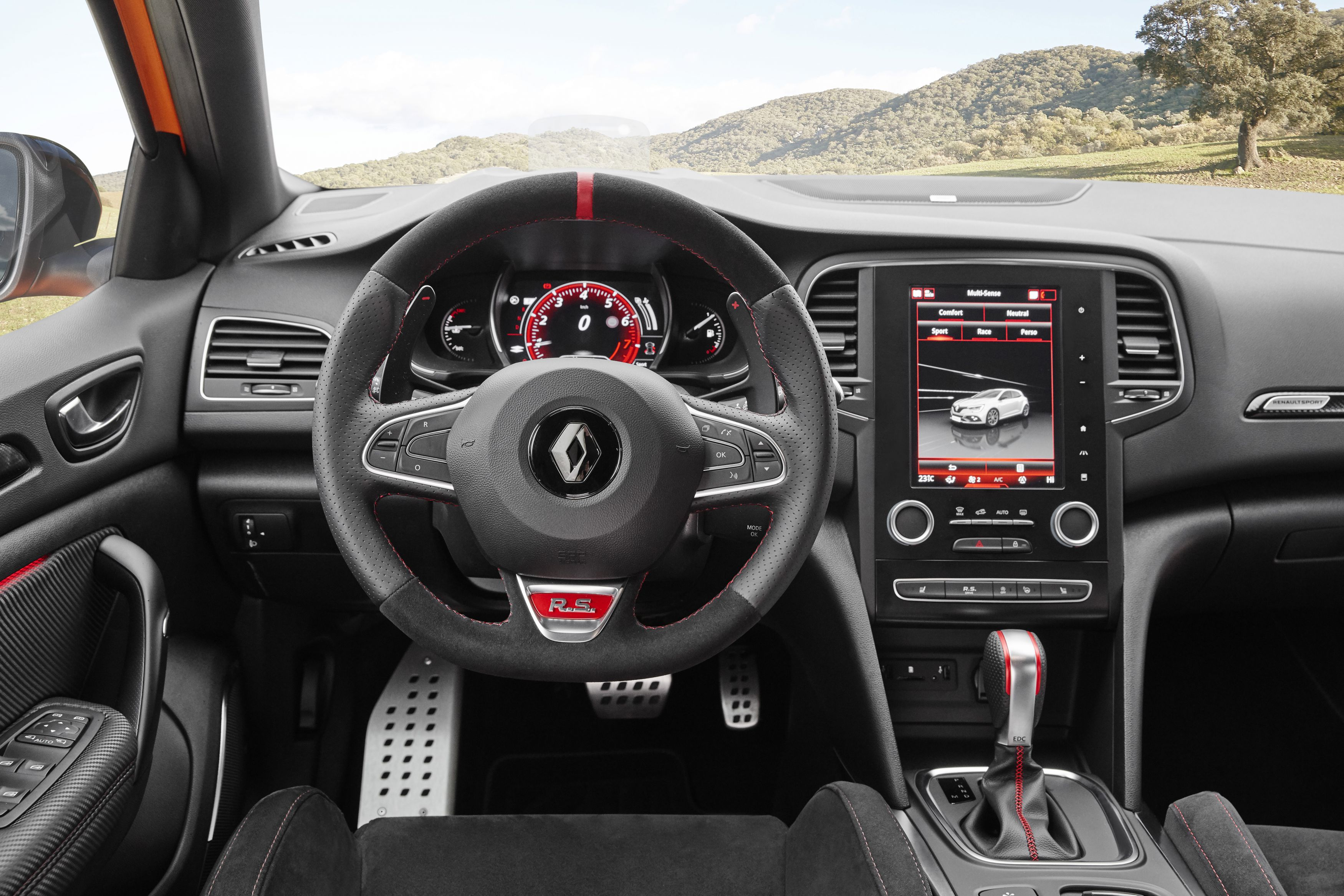 galer a revista de coches interior renault megane r s. Black Bedroom Furniture Sets. Home Design Ideas