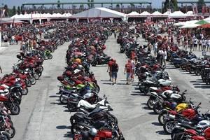 Rueda con tu Ducati en el Circuito de Misano