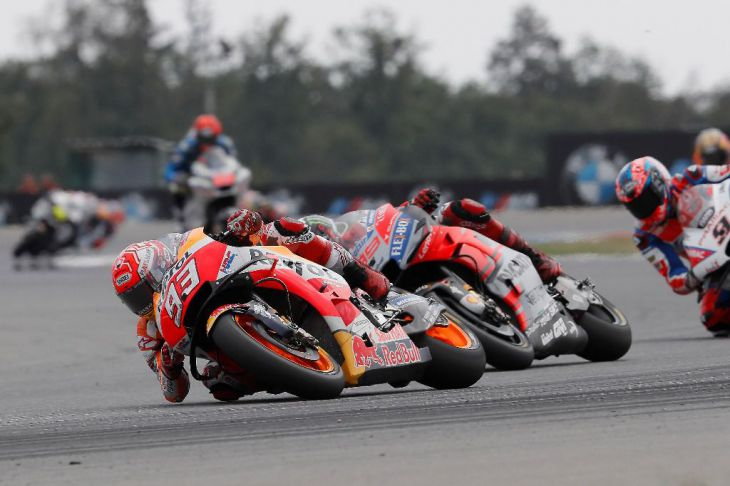 Márquez supera a los 'diablos rojos'