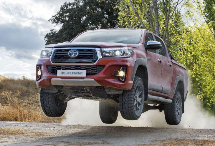 Nuevo Toyota Hilux LEGEND RAIDER, para el que busca el mejor comportamiento fuera del asfalto.