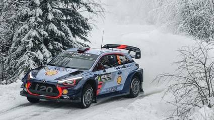 Neuville, con Hyundai, lidera la prueba