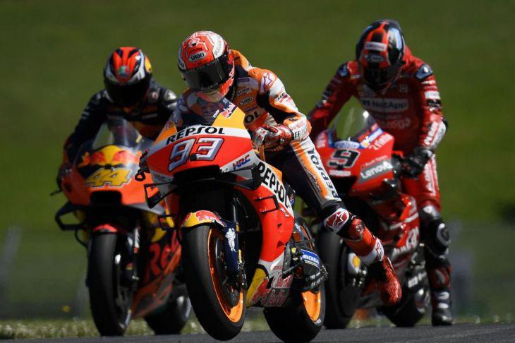 Petrucci (MotoGP) gana su primera carrera por 43 milésimas de segundo sobre Márquez