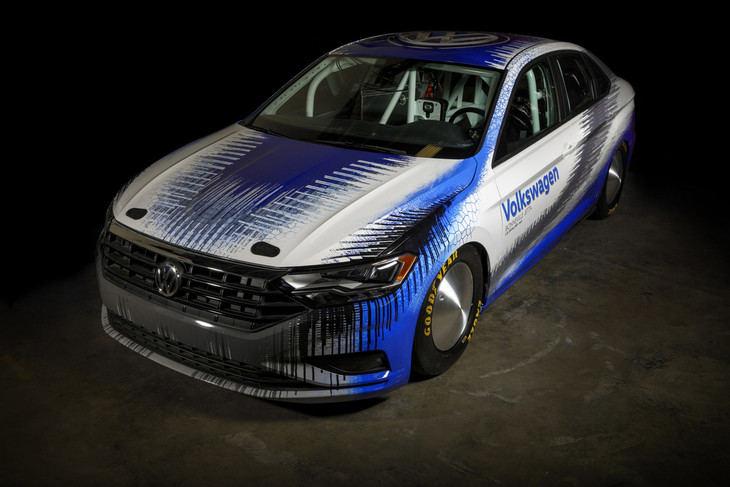 Este Volkswagen Jetta GLI quiere superar los 335 km/h