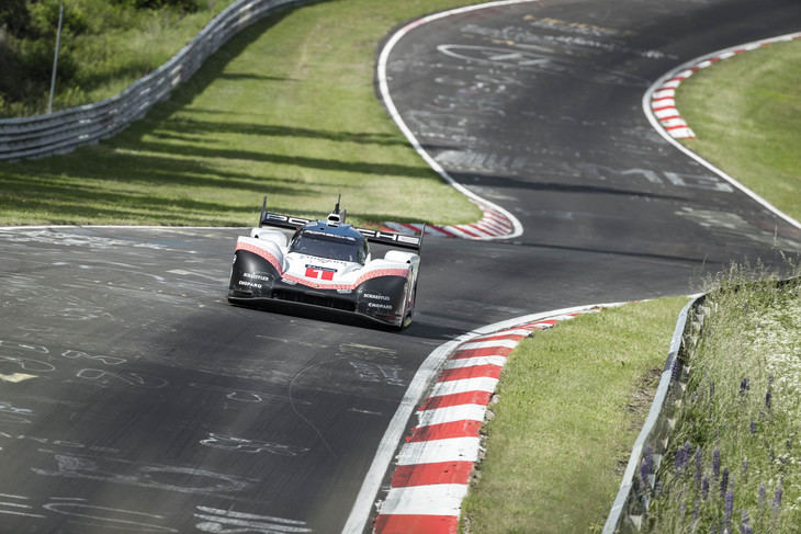 Impresionante récord del Porsche 919 Hybrid Evo en Nurburgring Nordschleife