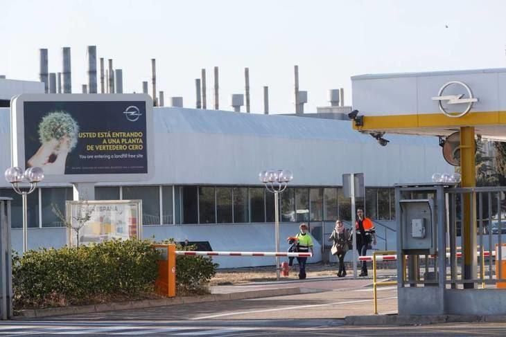 Opel prescindirá de un tercio de sus concesionarios