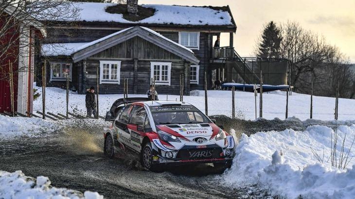 Ott Tanak cerca de ganar el rallye