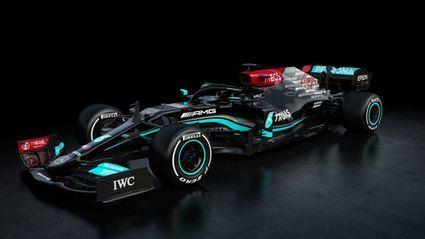 Mercedes W12 el coche a batir
