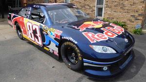 El Red Bull Toyota de la Nascar por 35.000$