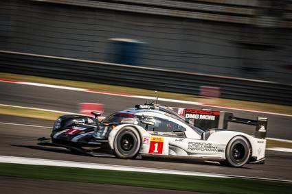 Webber, con Porsche, consigue la pole