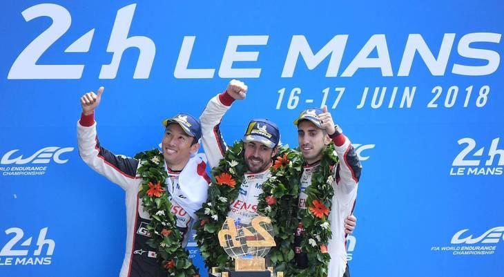 Fernando Alonso (Toyota) gana en su primera participación