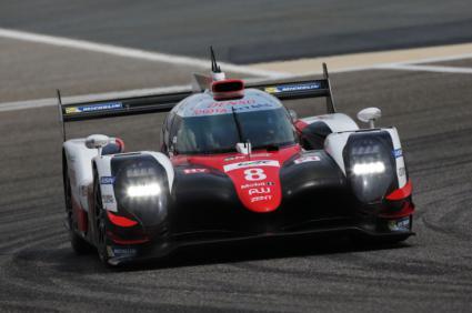 Fernando Alonso probó el Toyota TS050 de cara a Le Mans