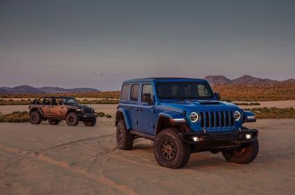 Jeep® Wrangler Rubicon 392 2021 con el motor V8 que vuelve de 470 CV