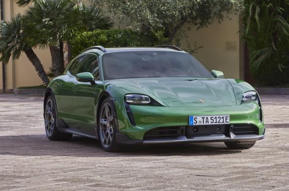Porsche Taycan Cross Turismo nuevo modelo 100% eléctrico