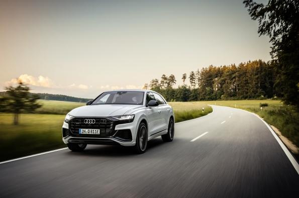 Los nuevos Audi SQ7 y Audi SQ8 con motores V8 TFSI desde 115.160 € y 122.930 euros