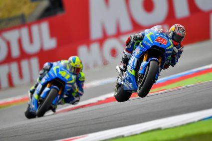 Viñales (MotoGP), Baldassarri (M2) y Mir (M3), los más rapìdos en primeros libres