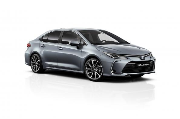 Toyota Corolla Sedan Electric Hybrid 2021 desde 21.950 € o por 220 € / mes