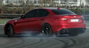Mira c�mo se comporta el Alfa Romeo Giulia