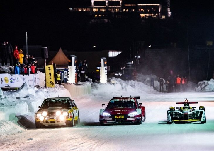 Audi e-tron FE04 y el Audi RS 5 DTM, sobre hielo