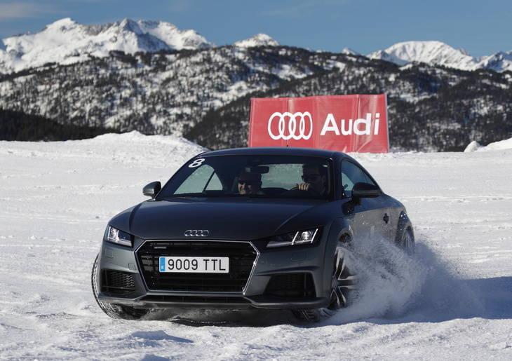 Nueva temporada de los cursos de conducción Audi Winter Driving Experience en Sierra Nevada y Baqueira