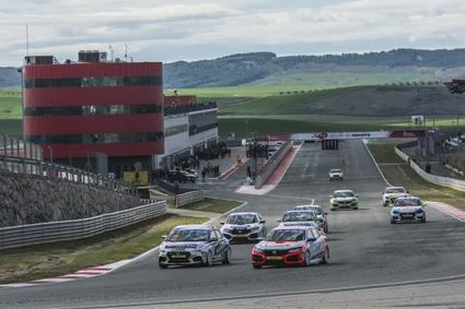 Racing Weekend presenta su calendario