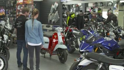 Las ventas de motos caen en agosto un 24,4% con respecto a 2020