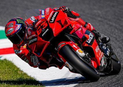 Bagnaia manda el primer día del GP de Italia.