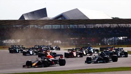 Verstappen gana la carrera Sprint en Silverstone y partirá desde la 'pole'.