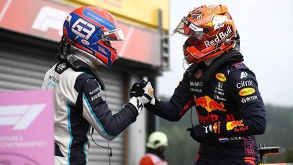 Verstappen le quita la pole a un espectacular Russell en Spa