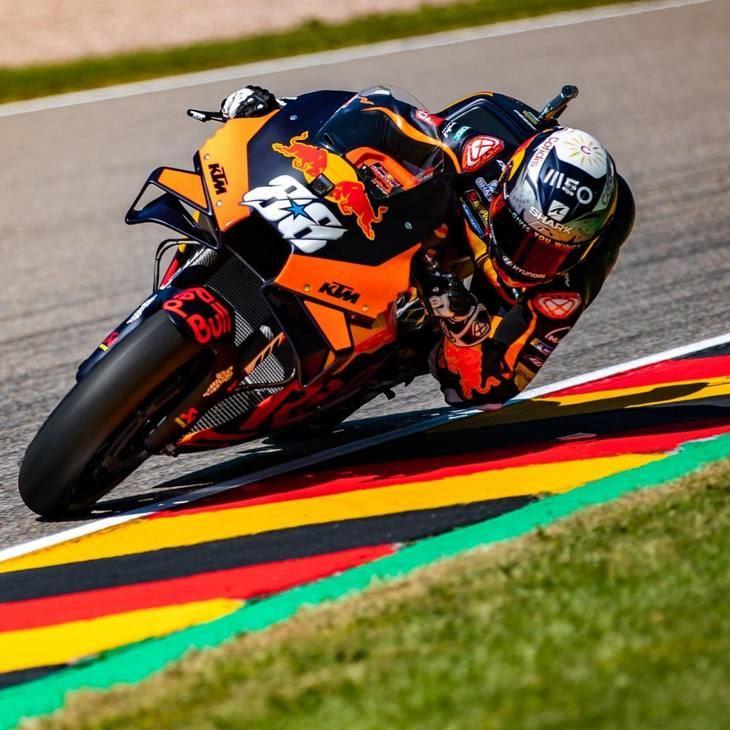 Oliveira marca la pauta el primer día del Gran Premio de Alemania