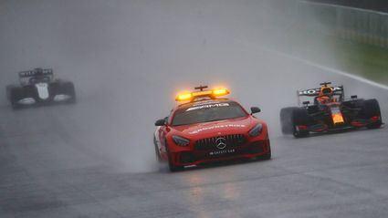 Verstappen gana en el esperpento de Spa