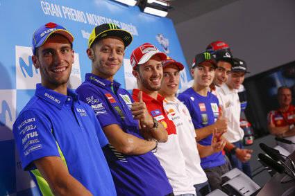 Pedrosa (MotoGP), Pasini (Moto2) y Mir (Moto3), los más rápidos