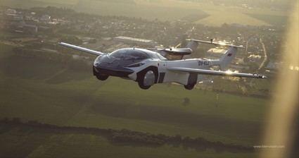 Un coche volador con motor BMW