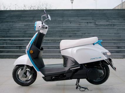 Kymco lanza dos scooter electricos