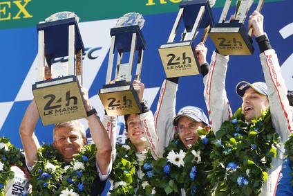 El trofeo Le Mans al Museo Porsche