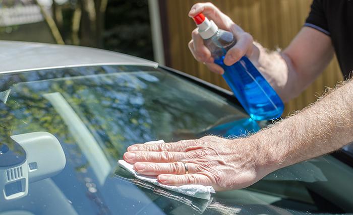 Mantenimiento de los cristales de tu coche