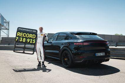 El Porsche Cayenne estable un nuevo récord en el 'Infierno Verde'