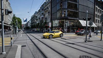 Un coche eléctrico recorre 1.710 kilómetros sin recargar