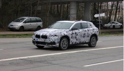 Nuevo BMW X2 rodando en Nürburgring
