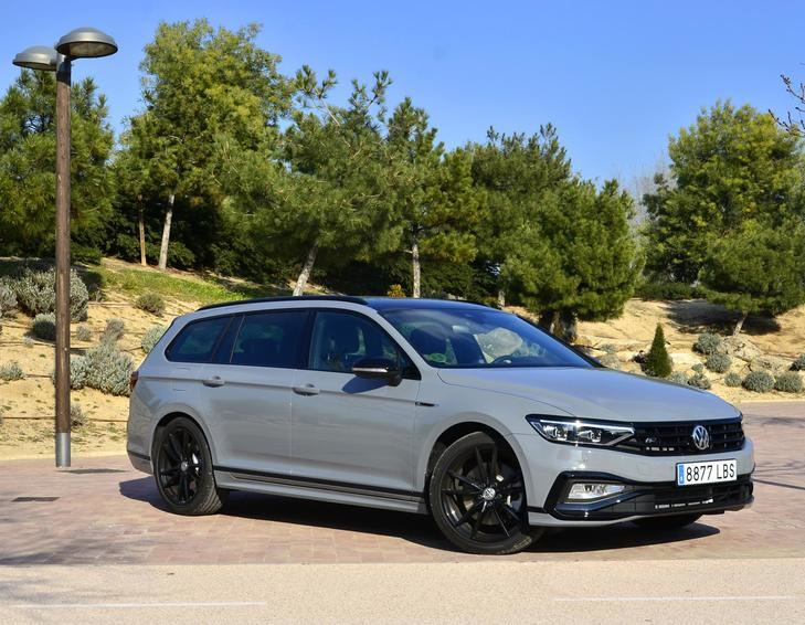 VW Passat Variant R-Line Performance por casi 50.000 euros