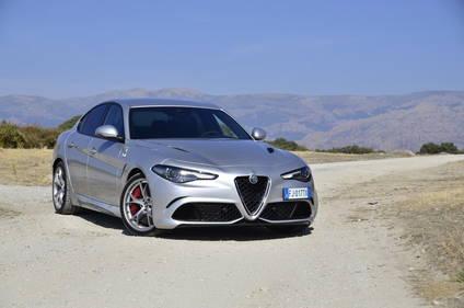 Probamos el Alfa Romeo Giulia QV, la berlina que Ferrari no se atreve a vender