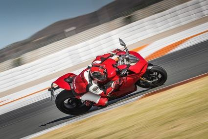 Ducati presenta la Panigale V4 en Valencia