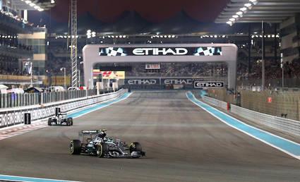 Hamilton y Rosberg hacen los mejores tiempos
