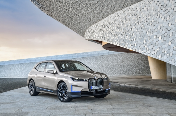 BMW iX, lo último de la marca 100% eléctrico en fase de desarrollo