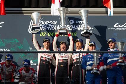 Fernando Alonso ganó con el Toyota nº8 y está a un paso del título