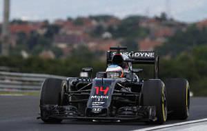 Rosberg mejor tiempo, Ricciardo m�s cerca