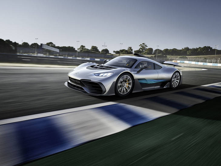 Mercedes-AMG lleva la tecnología de Fórmula 1 a un modelo para carretera