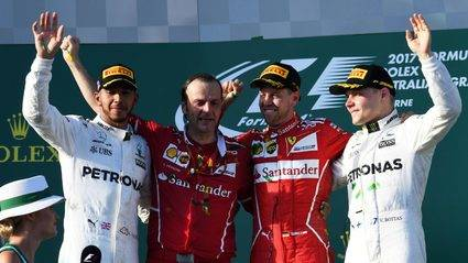 Vettel, por fín, puede con Hamilton