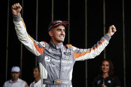 Miguel Azcona: 'Es impresionante haber conseguido mi primera victoria'