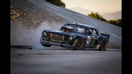 Ken Block en Goodwood con su Hoonicorn Mustang