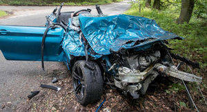 Un BMW M2 destrozado